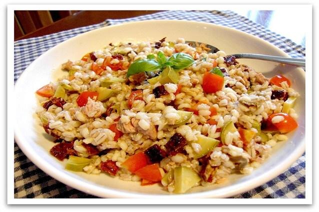 insalata-di-farro-e-orzo-vegetariana