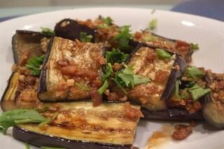 Melanzane in padella: la ricetta del contorno gustoso e dietetico