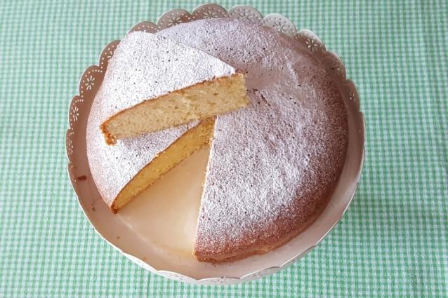 Ricetta Torta Con 1 Uovo.Staticfanpage Akamaized Net Wp Content Uploads Sit