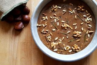 Castagnaccio: la ricetta tradizionale della cucina autunnale