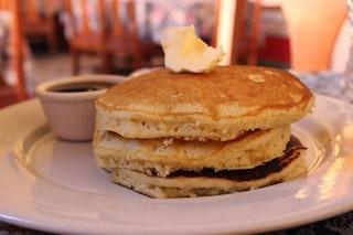 Pancake senza lievito: la ricetta ideale per una colazione veloce e gustosa