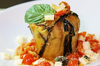 Parmigiana di pasta: la ricetta gustosa con melanzane fritte o grigliate