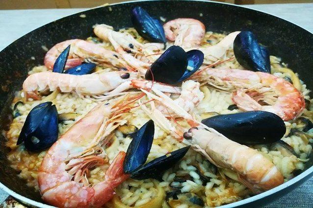 Paella De Marisco La Ricetta Originale Della Paella Di Mare O Di Pesce
