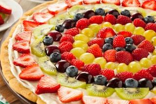 Crostata di frutta: la ricetta facile e morbida