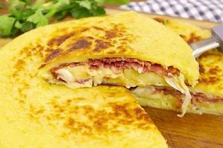 Schiacciata di patate: la ricetta facile da fare in padella