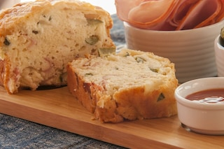 Torta salata di zucchine: la ricetta per prepararla morbida e fragrante