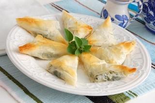 Fagottini di pasta fillo: la ricetta dell'antipasto leggero e gustoso