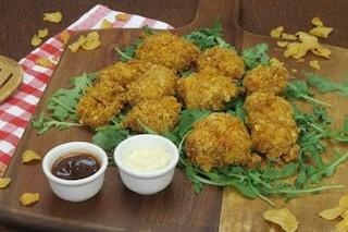 Pollo ai corn flakes: la ricetta dei bocconcini croccanti e gustosi