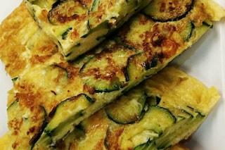 Frittata di zucchine: la ricetta del secondo piatto veloce e delicato