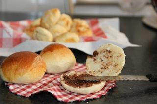 Panini al latte dolci: la ricetta per farli morbidi
