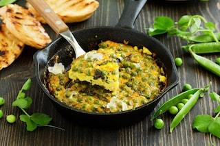 Frittata di piselli: la ricetta per prepararla morbida e squisita in poco tempo