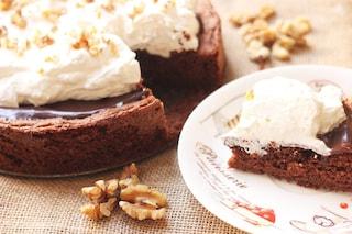 Poke cake al cioccolato: la ricetta golosissima