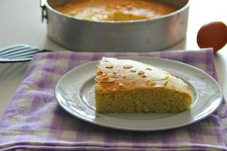 Torta 5 minuti: la ricetta del dolce veloce e facile da preparare