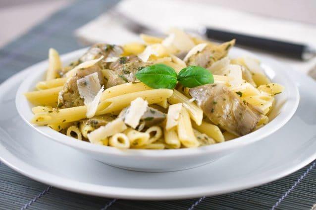Pasta ai carciofi la ricetta del primo piatto semplice for Carciofi ricette