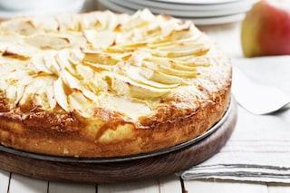 Torta di mele all'acqua: la ricetta del dolce soffice e leggero