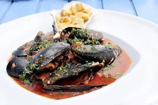 Cozze alla tarantina: la ricetta tipica della cucina pugliese