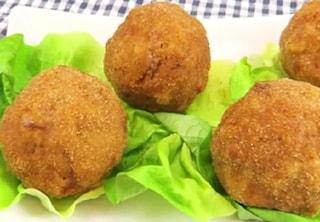 Uova alla monachina: la ricetta dell'antipasto campano