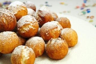Castagnole di ricotta: la ricetta dei dolcetti di Carnevale soffici e golosi