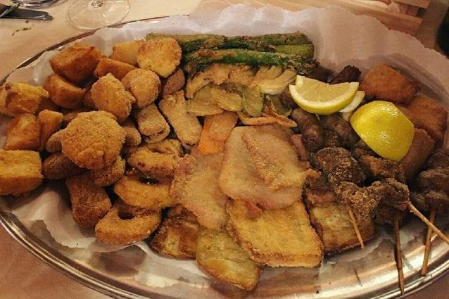 Fritto misto alla piemontese la ricetta del piatto tipico della