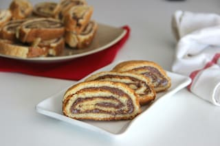 Girelle alla nutella: la ricetta del dolce goloso per merenda e colazione
