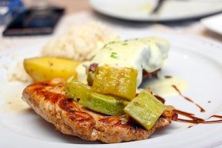 Pollo alla senape: la ricetta del secondo ricco e speziato