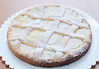 Crostata alla crema: la ricetta del dolce classico della pasticceria