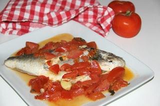 Orata all'acqua pazza: la ricetta del secondo piatto delicato