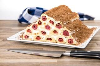 Piramide di pasta frolla: la ricetta del dolce goloso e scenografico