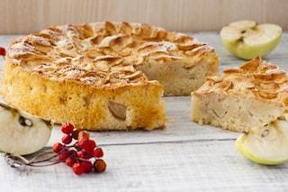 Torta di mele: la ricetta soffice e veloce