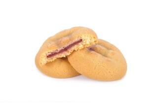 Biscotti ripieni di marmellata: la ricetta per prepararli morbidi