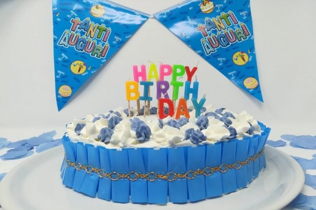 Torta di compleanno per bambini la ricetta facilissima for Torta di compleanno per bambini