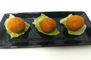 Frittelle di robiola e salame: la ricetta semplicissima per delle chicche saporite