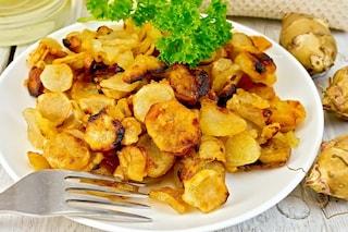 Topinambur al forno: la ricetta del contorno sfizioso dal gusto delicato