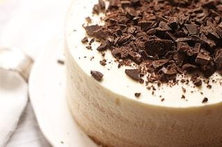 Torta ai 3 yogurt: la ricetta fresca e golosa