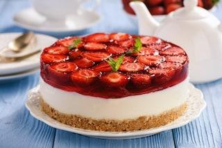 Cheesecake alle fragole senza cottura: la ricetta fatta in casa