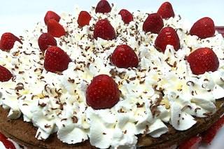 Torta cioccolato e fragole: la ricetta perfetta per un dessert fresco e goloso