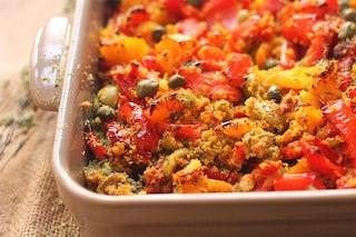 Peperoni gratinati al forno: la ricetta del secondo estivo