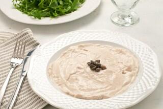 Salsa tonnata: la ricetta veloce e versatile per insaporire le vostre pietanze