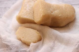 Pasta di mandorle: la ricetta originale per farla