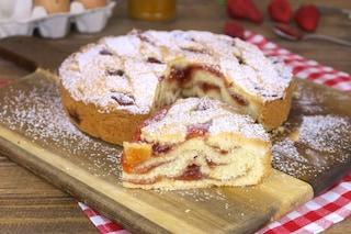 Crostata a strati: la ricetta del dolce morbido e originale