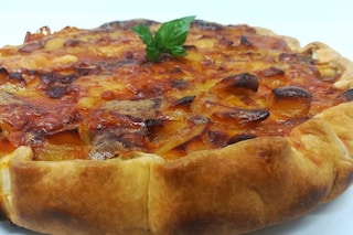 Torta salata di patate e cipolle: la ricetta gustosa e sfiziosa