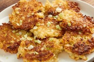 Frittelle di cavolfiore: la ricetta facile e sfiziosa