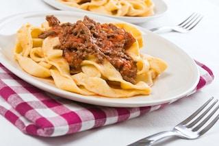 Pappardelle al cinghiale: la ricetta del primo piatto al ragù di origine toscana