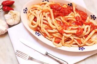 Pici all'aglione: la ricetta del vero piatto toscano