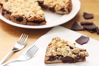 Torta sbriciolata alla nutella: la ricetta del dolce dal ripieno morbido