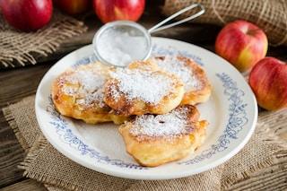 Frittelle di mele e noci: la ricetta classica della cucina delle nonne