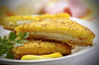 Mozzarella in carrozza al forno: la ricetta facile e leggera