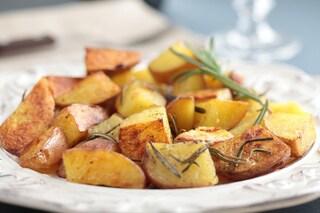 Patate arrosto: la ricetta del contorno per piatti di carne