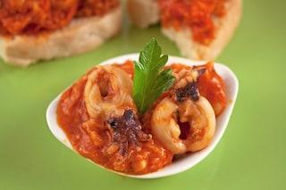 Seppie in umido: la ricetta del secondo piatto nutriente e gustoso