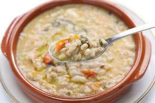 Zuppa di farro: la ricetta semplice e gustosa